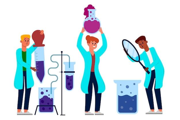 Groupe de scientifiques travaillant en laboratoire