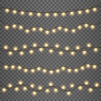 Guirlande de lampes dorées. lumières rougeoyantes pour les vacances de noël