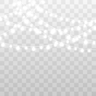 Guirlande avec lumières isolées.