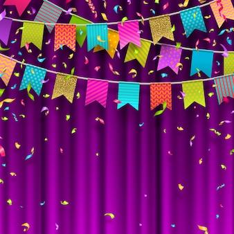 Guirlandes de drapeaux multicolores et confettis colorés sur fond de rideau violet.
