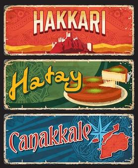 Hakkari, hatay et canakkale il, plaques de province, bannières vectorielles de monuments touristiques turcs avec tarte traditionnelle, rose des vents, roches et ornement islamique. planches de grunge rétro, ensemble de plaques de voyage