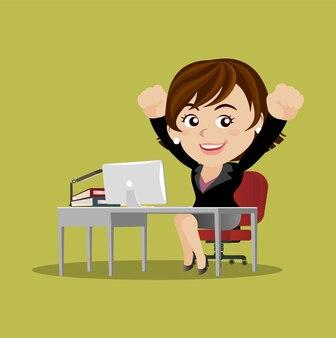 Happy businesswoman s'asseoir à la table