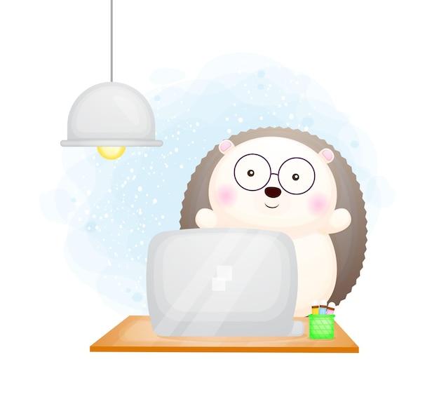 Hérisson mignon doodle étudiant en ligne avec dessin animé ordinateur portable