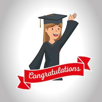 Heureuse femme célébrer l'obtention du diplôme avec ruban
