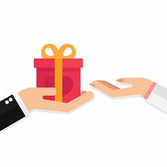 Heureuse saint valentin, homme donnant une boîte cadeau à une femme