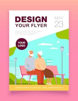 Heureux couple de personnes âgées assis sur un banc dans le modèle de flyer de parc