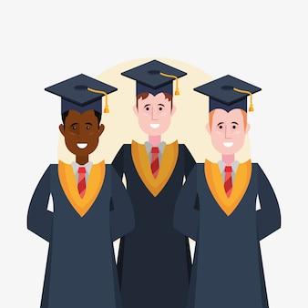 Heureux diplômés diplômés debout