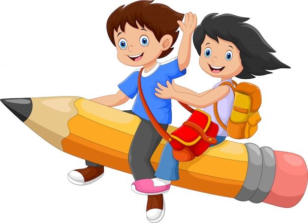 Heureux écoliers chevauchant un crayon volant