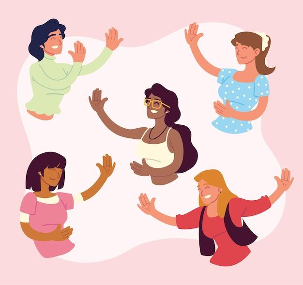 Heureux groupe de femmes