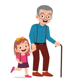 Heureux vieil homme mignon avec famille ensemble