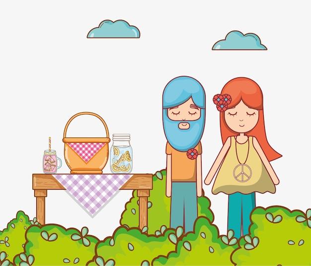 Hippies couple au jardin