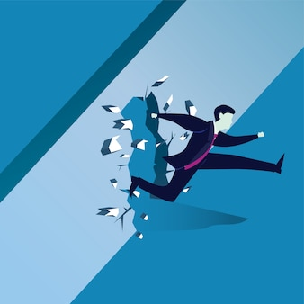 Homme d'affaires, brisant le mur de l'obstacle
