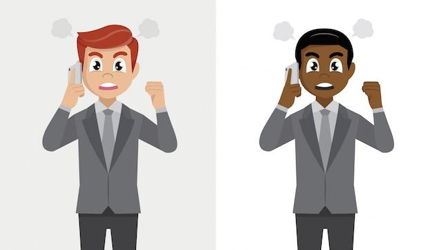 Homme d'affaires en colère criant ou criant à l'appel. l'homme frustré parle sur le smartphone.