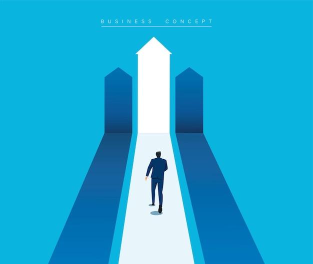 L'homme d'affaires courant vers le graphique de croissance cible augmente les ventes et l'investissement des bénéfices