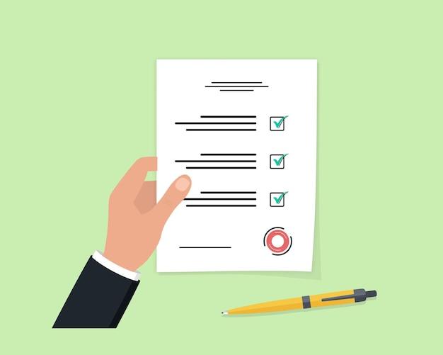 Homme d'affaires détenant un document. papier d'affaires avec liste de contrôle et crayon dans un design plat. feuille d'examen.