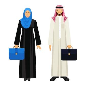 Homme d'affaires et femme d'affaires arabes en vêtements ethniques traditionnels et avec des diplomates en cuir, illustrations vectorielles isolées sur fond blanc.