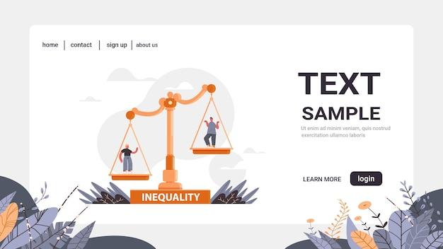 Homme d'affaires et femme d'affaires sur les échelles d'entreprise concept d'inégalité entre les hommes et les femmes des chances inégales entre les hommes et les femmes copiez l'espace horizontal