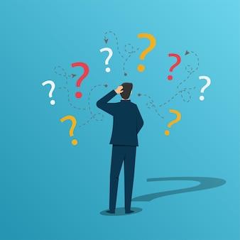 Homme d'affaires incertain pensant et doutant avec le concept de point d'interrogation