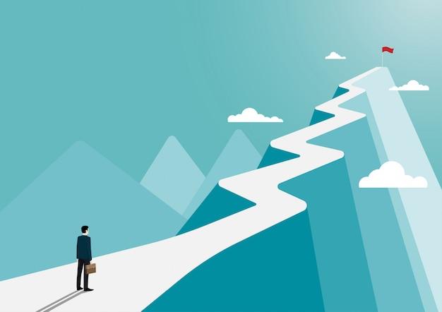 Homme affaires, stands, regarder, drapeau, sommet, montagne