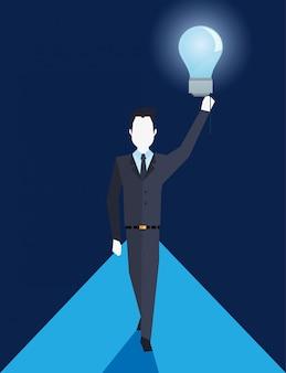 Homme d'affaires tenant ampoule idée créativité