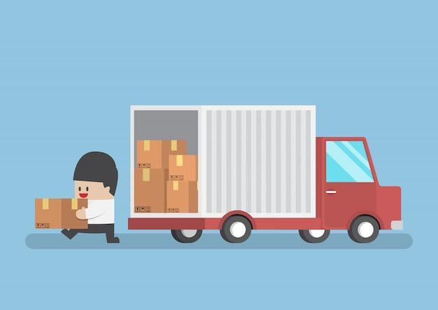 Homme affaires, tenue, colis, depuis, camion