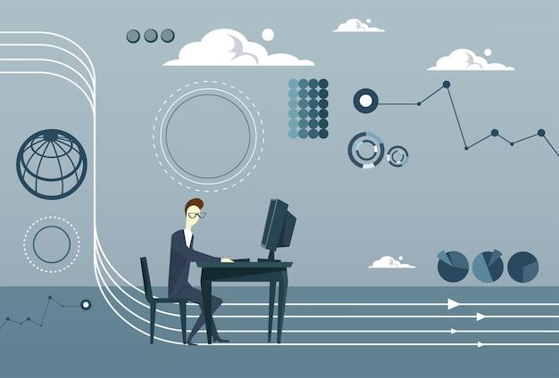 Homme d'affaires travaillant sur le remue-méninges sur la pensée informatique