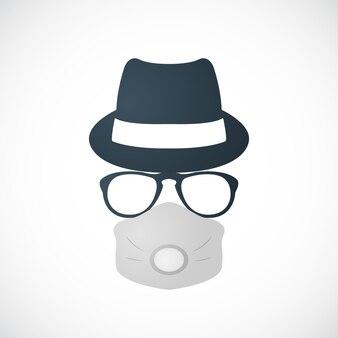 Homme au chapeau lunettes et respirateur