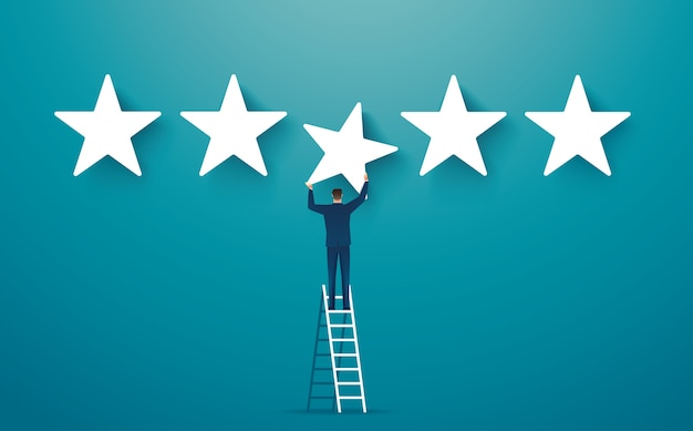 Homme donnant cinq étoiles