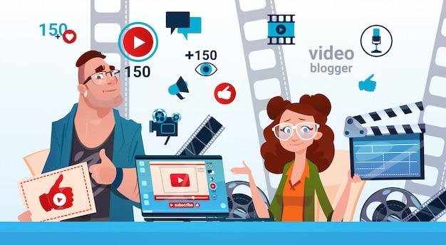 Homme et femme blogger vidéo en ligne stream blogging subscribe concept