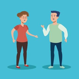 Homme et femme parlant avec des vêtements décontractés