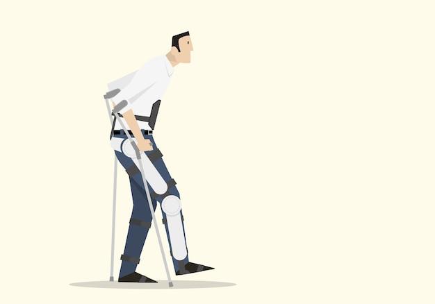Un homme handicapé marche avec un exosquelette