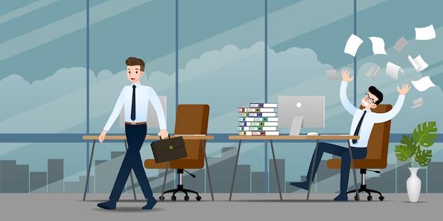 Hommes d'affaires dans des émotions différentes.