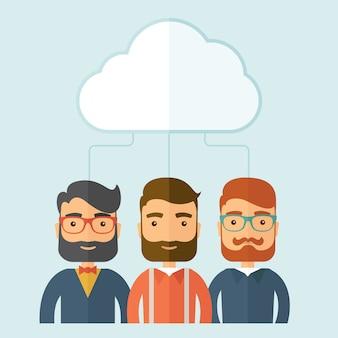 Hommes d'affaires sous le nuage.
