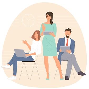 Hommes et femmes participant à une réunion d'affaires