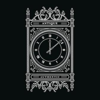Horloge ancienne vintage gothique