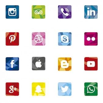 Icônes de médias sociaux poligonal