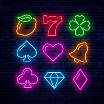 Icônes de néon de jeu pour casino. signes pour les machines à sous.