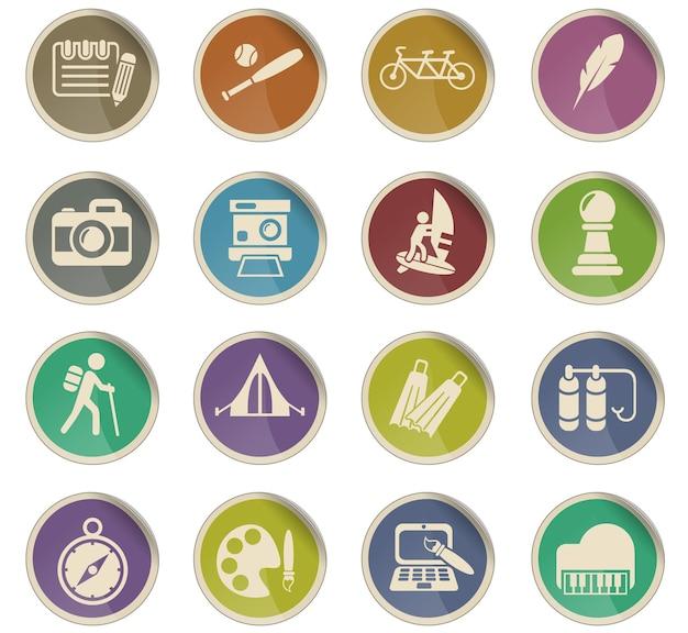 Icônes web de loisirs sous forme d'étiquettes en papier rondes