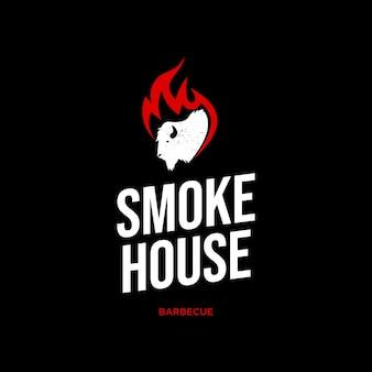 Idée de conception graphique d'étiquette de logo de maison de fumée
