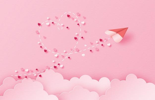 Illustration de l'amour avec un avion en papier en forme de coeur volant dans le ciel dans un style de papier découpé.