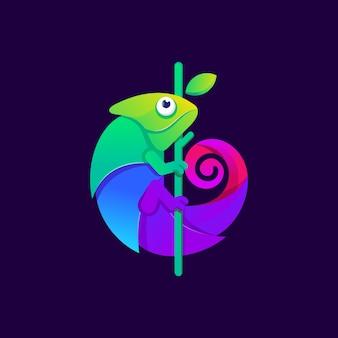 Illustration de conception de logo caméléon coloré