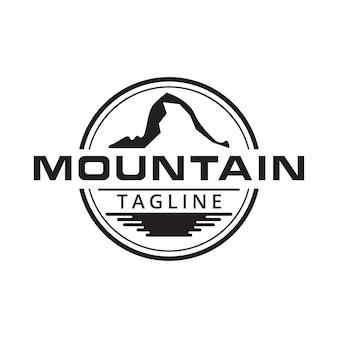 Illustration du logo de la surface de la montagne et de l'eau
