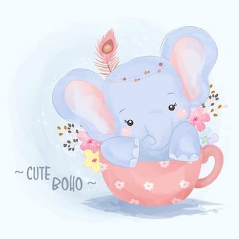 Illustration d'éléphant bébé tribal mignon