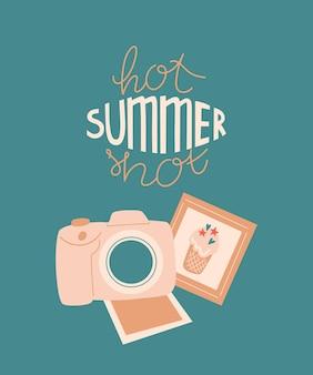 Illustration d'été avec appareil photo photos prises de vue ou photos et lettrage hot summer shot