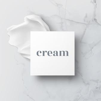 Illustration réaliste du pot cosmétique à moitié ouvert avec de la crème hygiénique