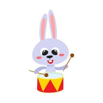 Illustration vectorielle de lièvre drôle de dessin animé lapin animal drôle mignon avec des tambours
