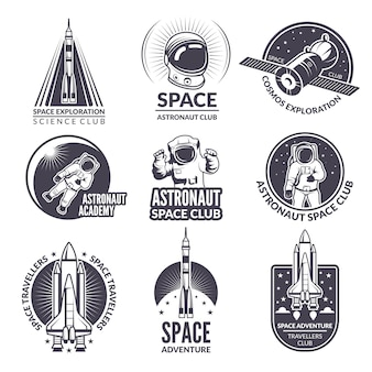 Illustrations monochromes de navette spatiale et d'astronautes pour étiquettes et insignes