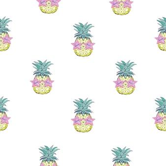 Impression transparente mignonne avec des ananas