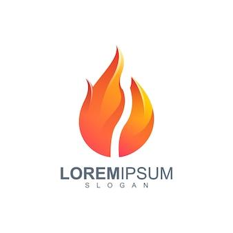 Impressionnant logo de l'eau de l'huile de feu premium de conception