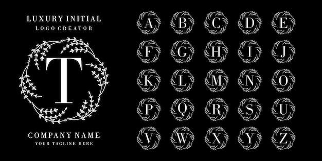 Initiale avec création de logo de cadre floral